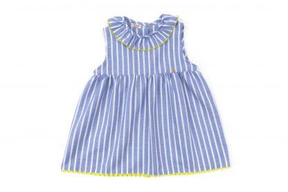 Vista delantera blusa estampada rayas verticales color azul. Modelo Nautic.