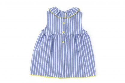 Vista espalda blusa estampada rayas vertical color azul. Modelo Nautic.