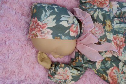 Maniquí bebe con jesusito y capota Garden
