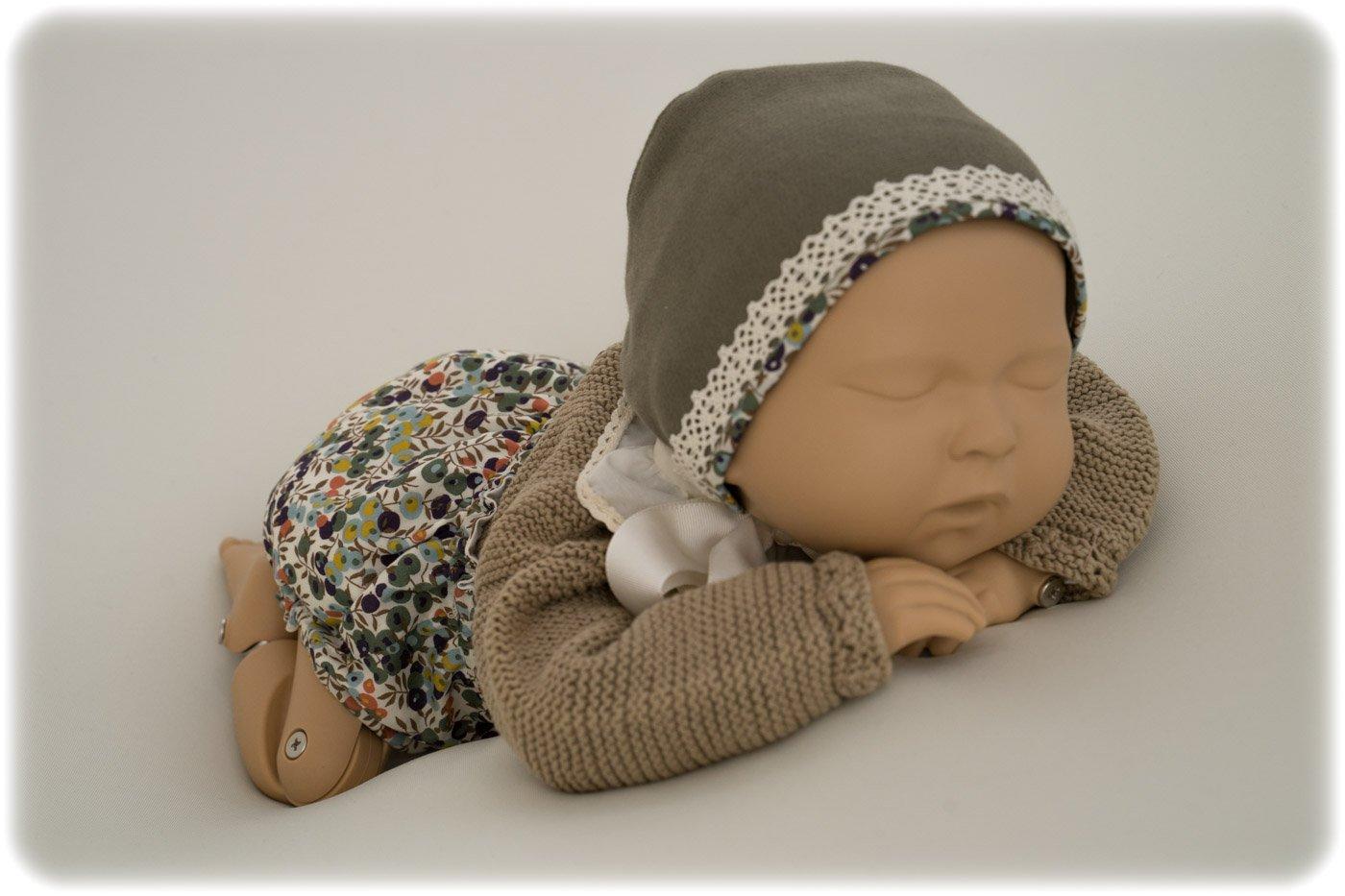 Maniqui recién nacido con culotte y capota