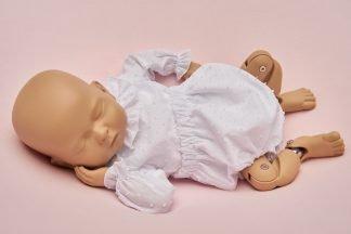 Culotte recién nacido plumeti blanco.